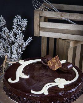 προφιτερόλ & τούρτες